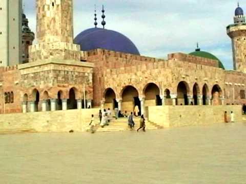 Sénégal Vidéo découverte de la grande Mosquée de Touba (Senegal the great m