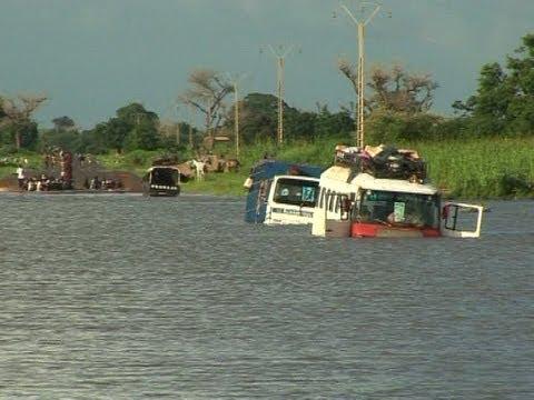 Inondation: un enfant, une enseignante et un bus engloutis par les eaux sur la nationale N°1